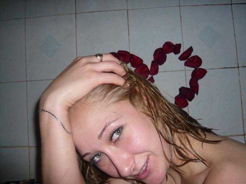Pokazali romantyczną randkę w łazience. Teraz wszyscy się z nich śmieją - 2