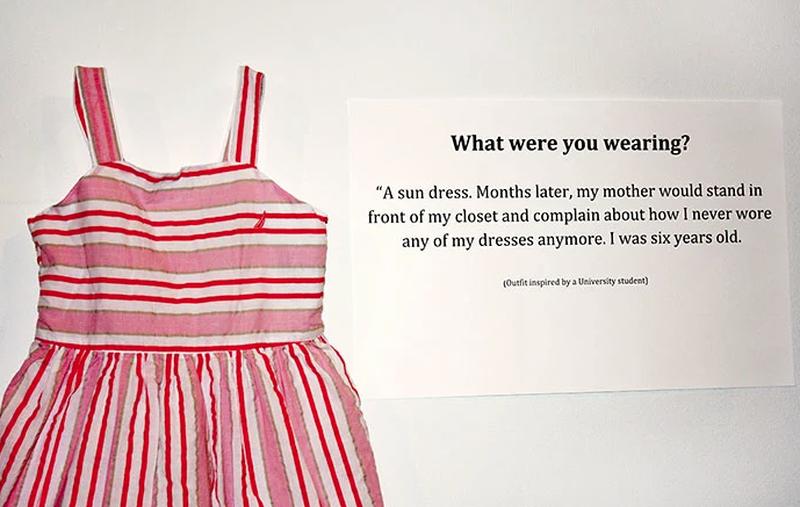 """Co miałaś na sobie? """"Letnią sukienk..."""