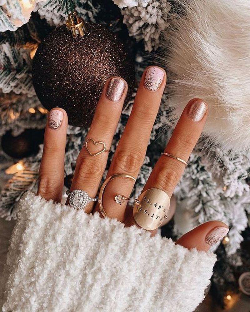 Ta dziewczyna ma idealne paznokcie. Jej manicure robi furorę na Pintereście! - 2