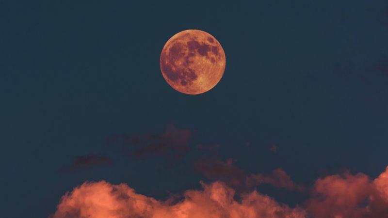 Pełnia księżyca Myśliwych ma...
