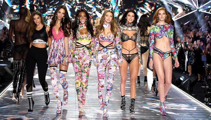 Pokazy Victoria's Secret...