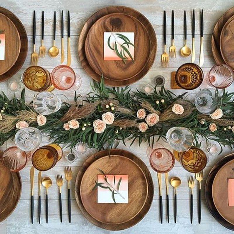 Propozycje nakrycia stołu świątecznego - 2